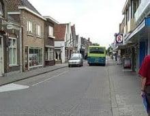 Poll: Eenrichtingsverkeer in de Boompjesstraat is voorlopig uitgesteld dit is een..