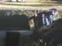 Auto beland in Sloot bij Randweg Strijen - Woensdag 18 september 2013