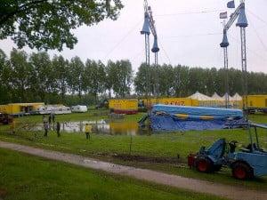 Het Molenschaer op dinsdag 21 mei 2013 bij opbouw Circus.